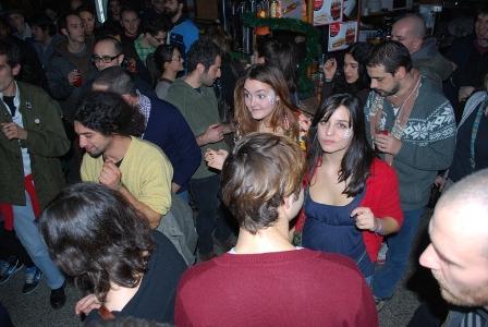 foto della serata Rough&Tough al Bar Metropolis con Kingsize e Dj Henry 3