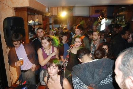 foto della serata Rough&Tough al Bar Metropolis con Kingsize e Dj Henry 7
